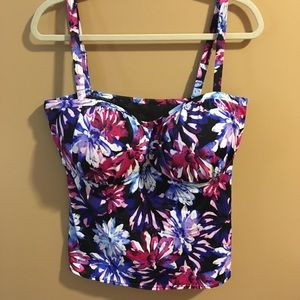 Swimsuits For All Floral Watercolor Swim Suit Top